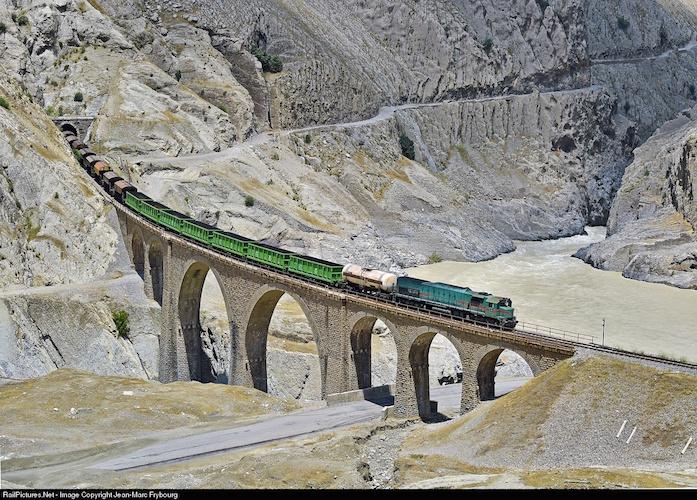 Oportunidades de inversión: corredores interregionales en Irán