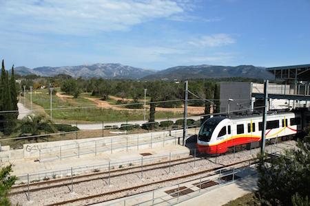 Siemens electrifica el tren de Mallorca que une Enllaç y Manacor