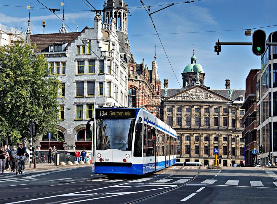 Indra mejorará la experiencia de los usuarios del transporte público de Ámsterdam