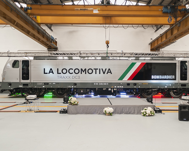 The new locomotive TRAXX DC3 is unveiled