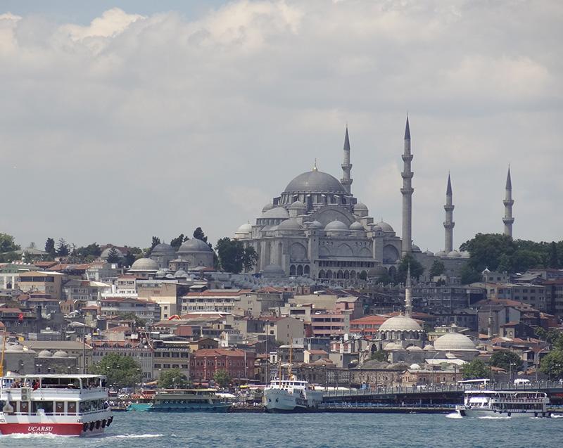 El metro de Estambul y los tranvías de Odense y Palembang confían en Teltronic para su sistema de comunicaciones TETRA