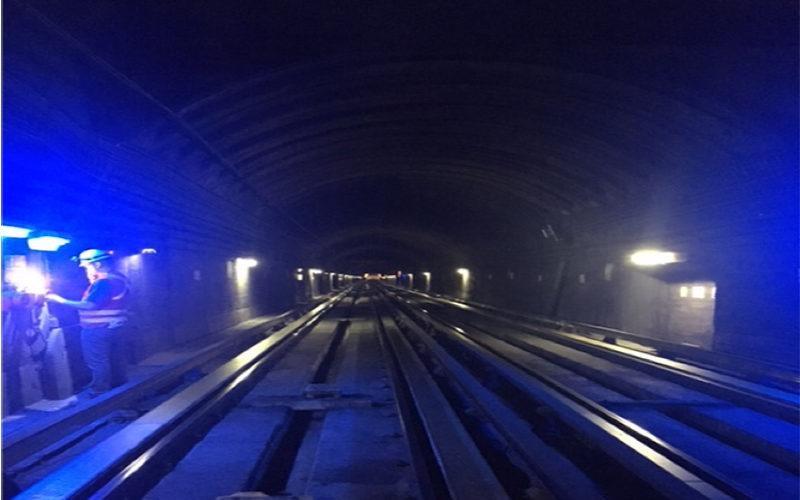 Sistema de alumbrado de emergencia en túneles de Metro de Santiago Líneas l1 y l2 (Chile)